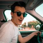 Можно ли сдать на права без обучения в автошколе?